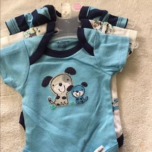 Other - Gerber  onesies 3 pack preemie new boys